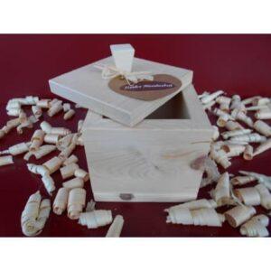 Duftwürfel Zirbe mit geöffnetem Deckel