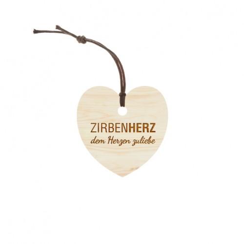 zirbenherz_50x50mm_mit-kordel